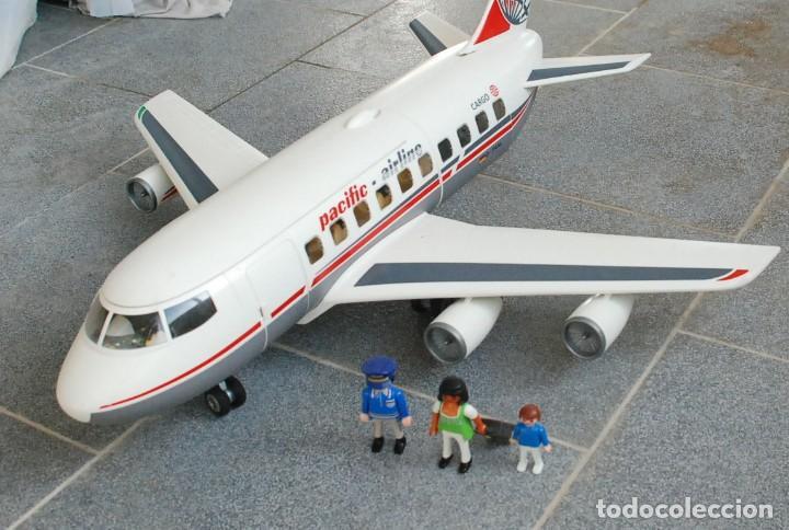 Playmobil en avion