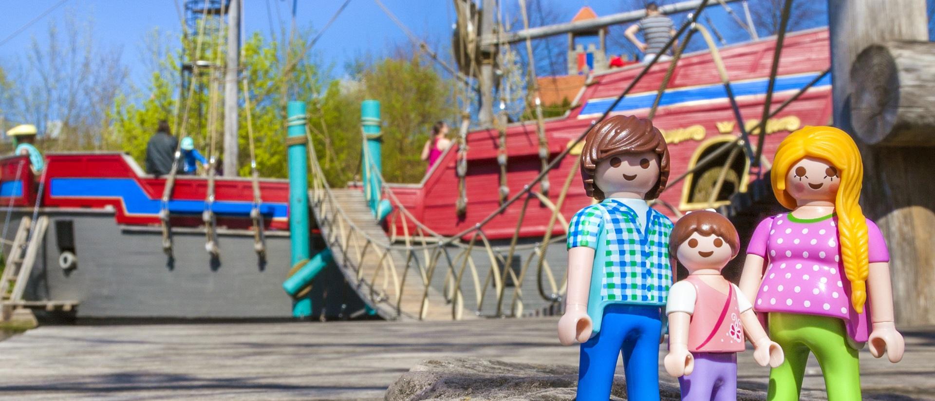 Playmobil fun park parking