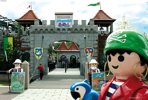 Playmobil fun park website